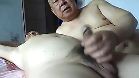 Breathtaking Chinese babe gives excellent sex-appeal to her fellow